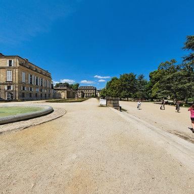 Terrasse et bassin du jardin public de Bordeaux - France 360 ...